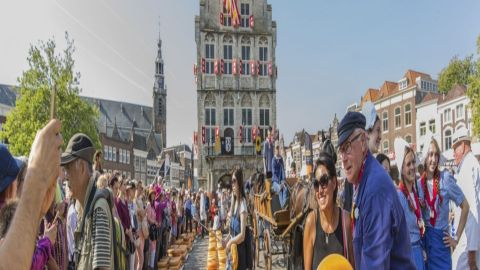 Half day cheese market tour to  Alkmaar from Amsterdam