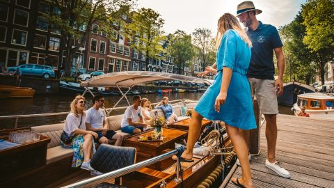 2hr Ultimate Canal Cruise - Discover the hidden gems of Amsterdam