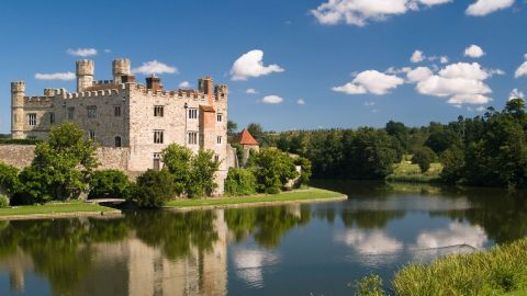 Leeds Castle, Canterbury Cathedral & Dover
