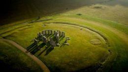 Windsor Castle, Stonehenge & Bath - excluding Roman Baths